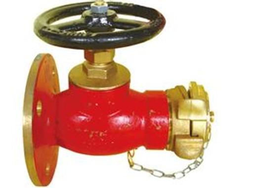 主要性能参数: 公称通径:65mm 公称压力:1.0 Mpa; 压力表量程:0~1.6Mpa; .消火栓栓口静水压的测量 (a)将试水检测装置连接到火栓栓口; (b)安装好压力表,并调整压力表检测位置使之竖直向上; (C)在装置出口处装上端盖; (d)缓慢打开消火栓阀门,压力表显示的为消火栓栓口的静水压(Mpa); (e)测量完成后,关闭消火栓阀门,旋松压力表,使试水检测装置内的水压泄掉,再取下端盖。 消火栓栓口出水压力的测量。 (a)将水带连接到消火栓栓口; (b)将水带接到试水检测装置的进口; (c)