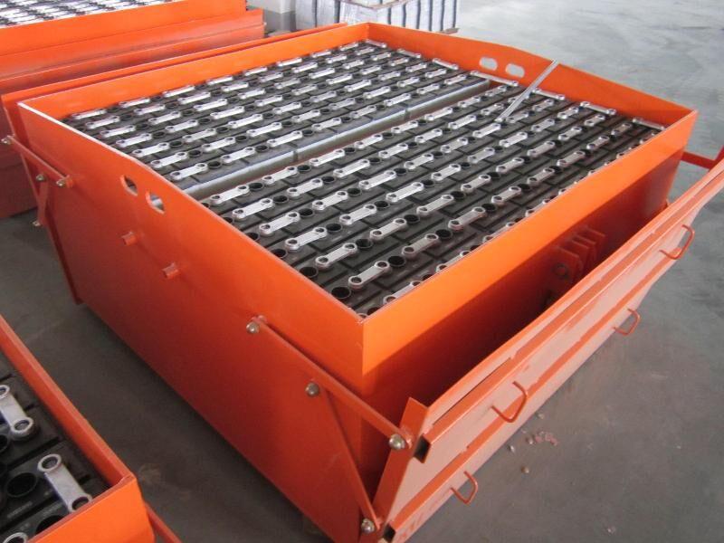 隧道机车电瓶 88-7DB700 牵引机车蓄电池 176V700AH 盾构机车电池组 火炬机车蓄电池
