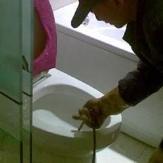 海淀西北旺疏通马桶疏通下水道维修马桶