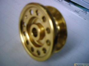 铜材喷淋清洗,为铜材加工中拔扎油、拉伸油各类油污金属粉末清洗GLS-526