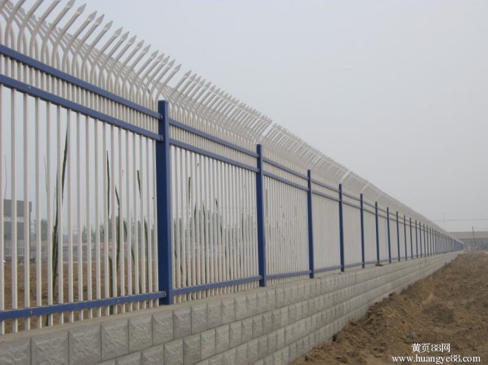 供应贵阳小区围墙栏杆厂 贵州锌钢围墙栏杆厂