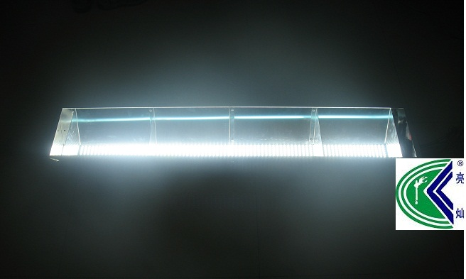亮灿最新开发了LED羽毛球场灯具价格怎样?