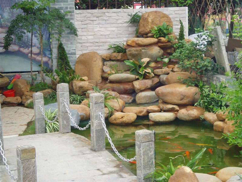 供应园林驳岸石、黄蜡石、假山驳岸石、黄蜡石假山制作