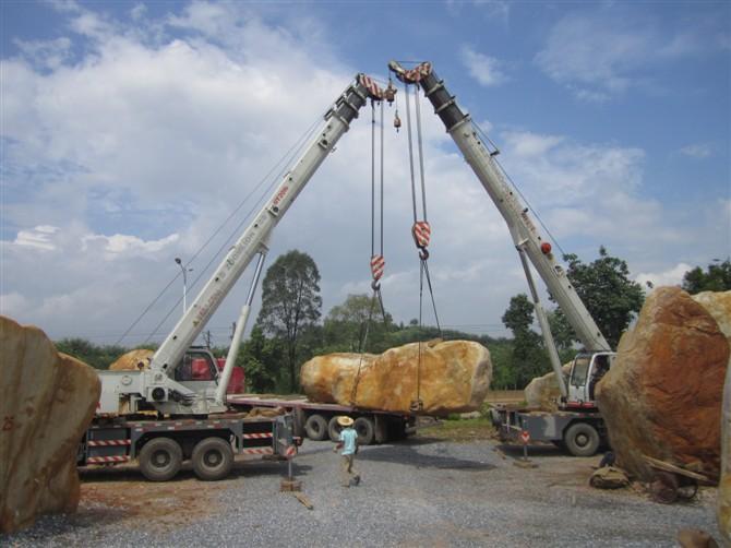广东英德厂家直销批发园林造景台面石,草地石