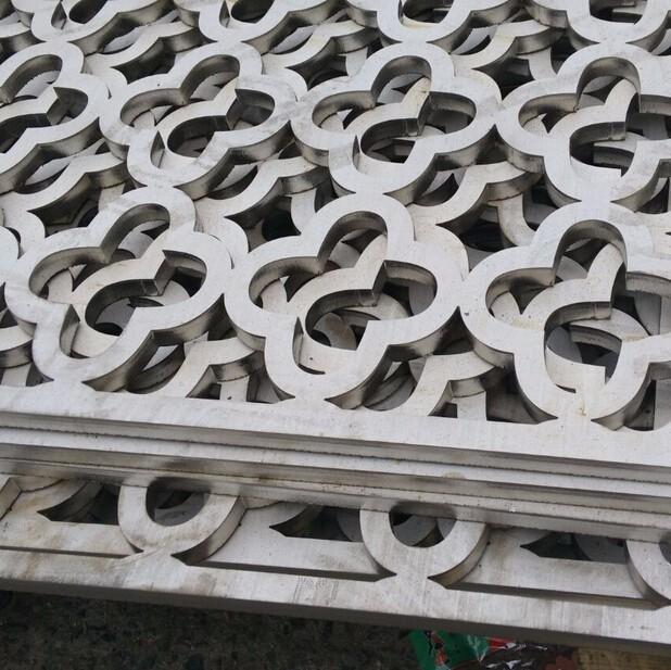 供应304不锈钢花纹板/大小扁豆花板 不锈钢冲压覆膜