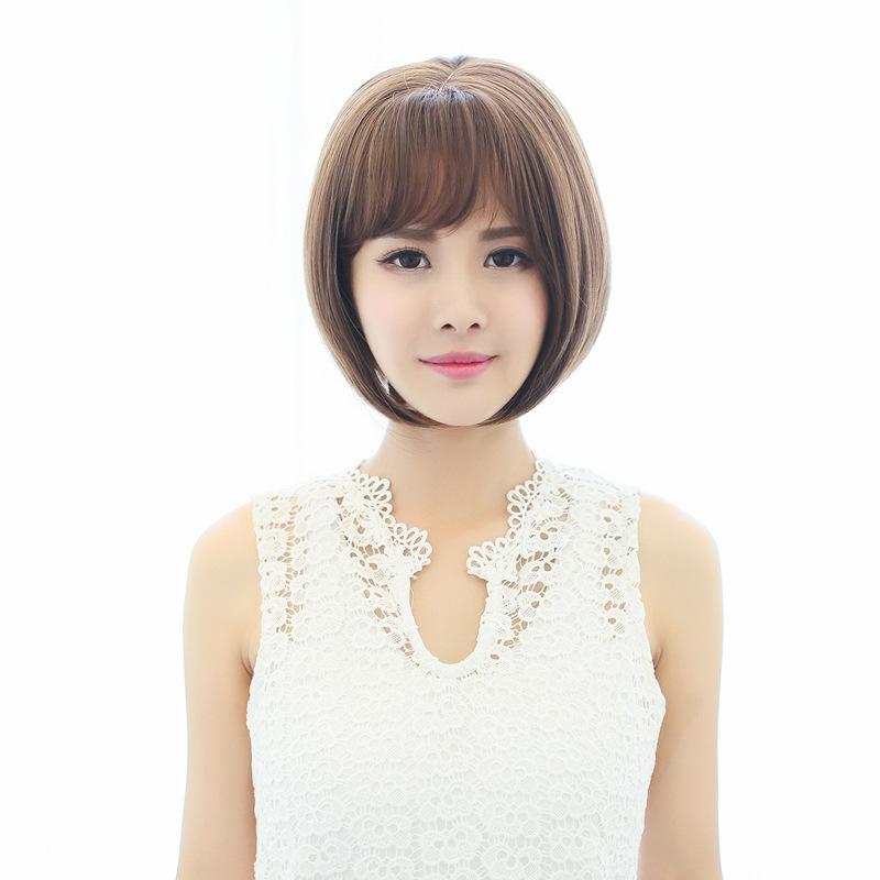 短发帅气女生空气刘海波波头图片