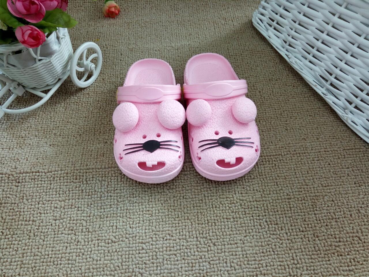 夏季儿童凉拖鞋 时尚卡通儿童凉鞋批发