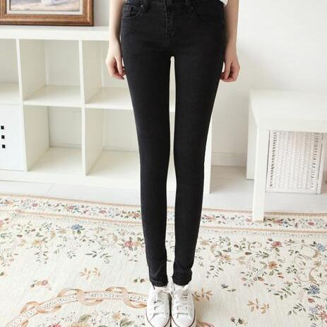 修身弹力显瘦黑色牛仔裤女小脚铅笔裤