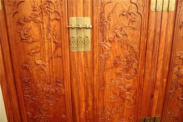 四门实木大衣柜子