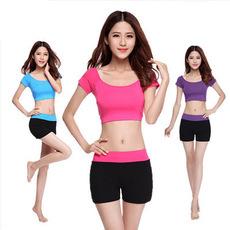 夏季健身服瑜伽服套装女健身房运动短裤速干衣超轻跳操跑步服显瘦