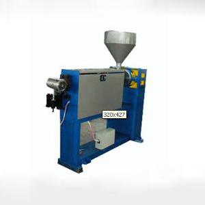 供应莱芜彩华橡塑机械供应各种电工机械电线电缆设备45塑料挤出机