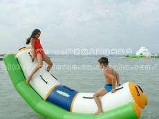 水上跷跷板,跷跷板,水上玩具,充气跷跷板,充气水上跷跷板