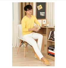 男装基本款 纯色V领羊绒衫