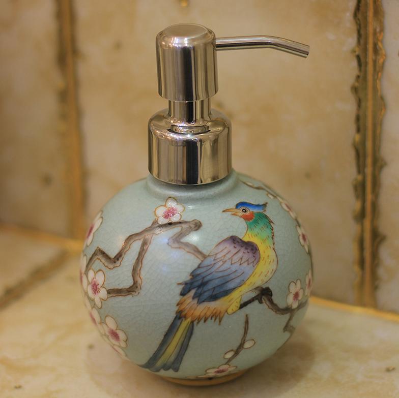 供应中式花鸟风格创意卫浴瓶手绘陶瓷圆球洗手液瓶优质不锈钢压嘴