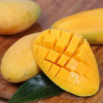 供应 新鲜小台农芒果热带水果海南现摘台农芒果香甜多汁