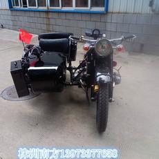 長江750邊三輪摩托車仿古黑色亮光