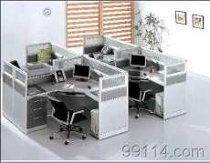 专业化的厂家,出厂价格销售,郑州屏风办公桌、郑州隔断办公桌,郑州办公桌屏风隔断