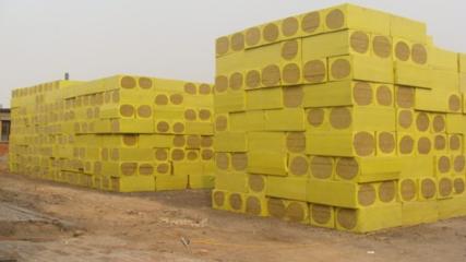 分享如何辨别岩棉板品质的好坏