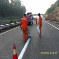 湖北恩施道路热熔标线划线*大型*停车库划线及设施安装