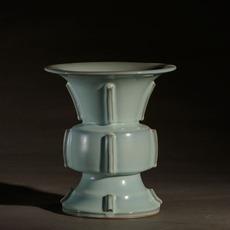 出戟尊-宋钧 原件藏于故宫博物院 仿商周青铜器古典传统经典手工摆件