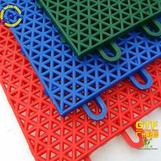 悬浮拼装地板 室内外篮球场地 圆柱三角形悬浮地板