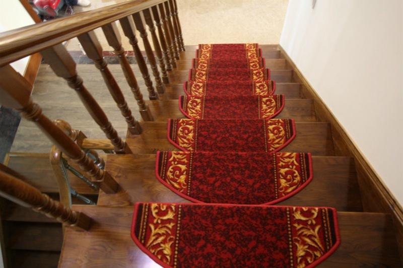楼梯地毯 批发 尼龙材质 楼梯踏步垫 免胶自吸 防滑图片