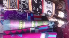 供应多款花色格子西藏纯羊绒披肩围巾 花色可挑