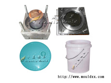 4L机油桶塑胶模具,容积大,耐用,国标