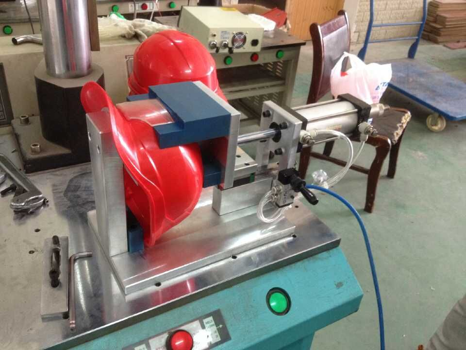 4200W超声波安全帽焊接机