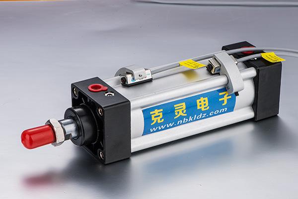 精品气缸用二线磁性开关cs1-u厂家供应图片