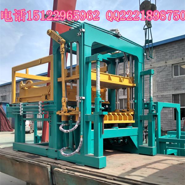 天津建丰半自动水泥空心砖机出口非洲刚果金