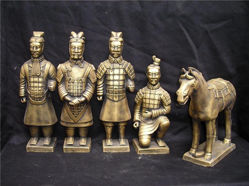 黄土制作 西安泥色兵马俑定做 原大秦俑摆件 西安跪射俑专业生产厂家