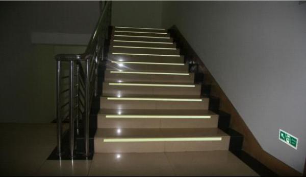 樓梯和框架梁柱配筋構造.pdf