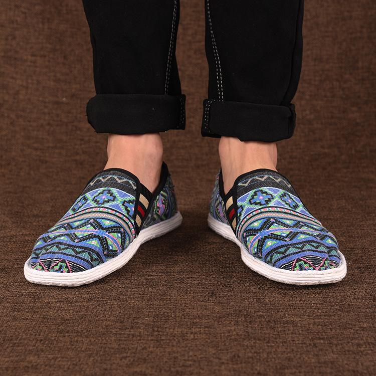 新款绣花千层底纯手工男鞋一脚蹬松紧民族图纹布鞋男士老北京布鞋