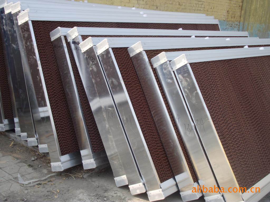 蒸发式环保空调,降温最佳效果及耗水量水帘和电机的结构要求