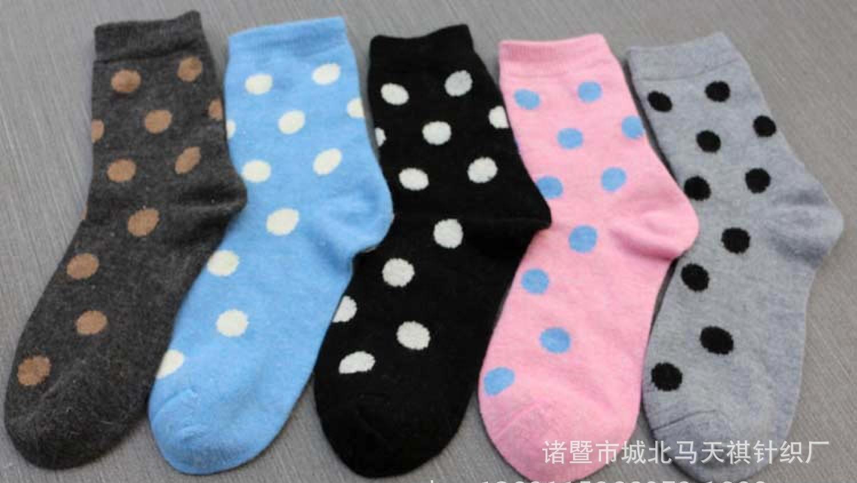 厂家批发 秋冬新款 中筒女袜 兔羊毛袜 加厚保暖棉袜义乌袜子爆款