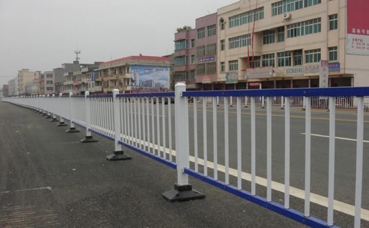 黄山道路护栏,天津交通护栏销售点