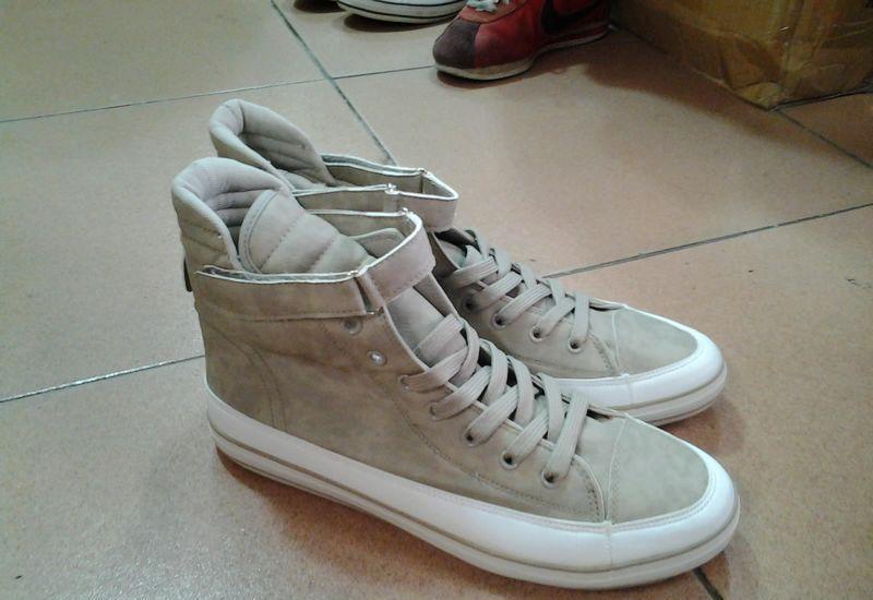 外贸男鞋库存鞋中帮板鞋出口非洲中东大码鞋