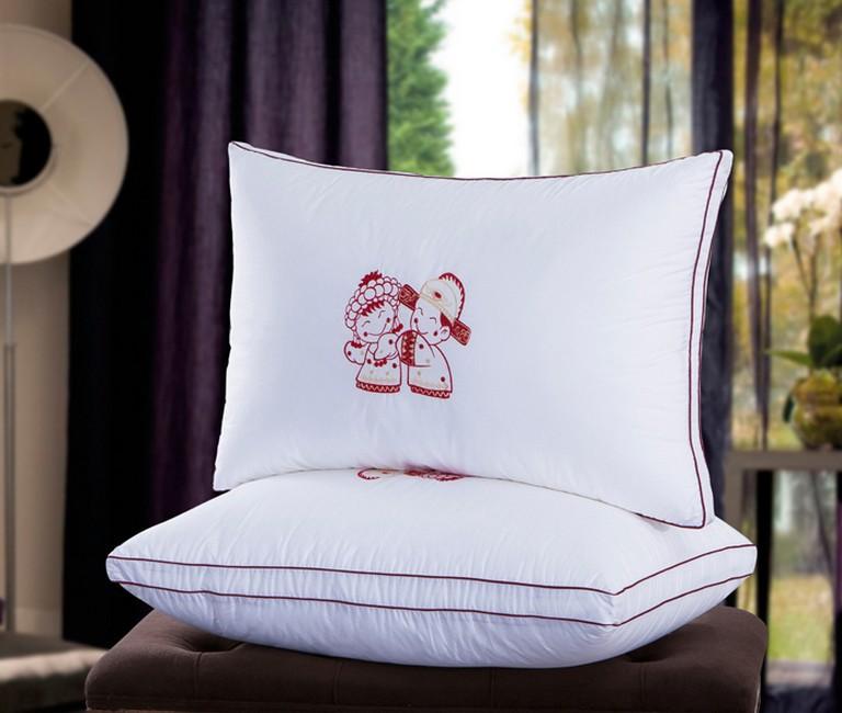 大公鸡家纺 厂家直销批发 婚庆绣花枕芯枕皮