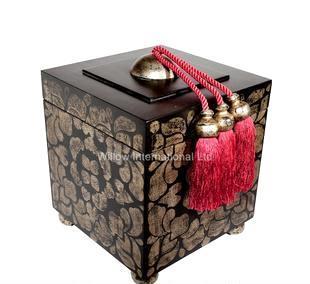 高貴典雅他苏黑漆贴金银萡盒子1