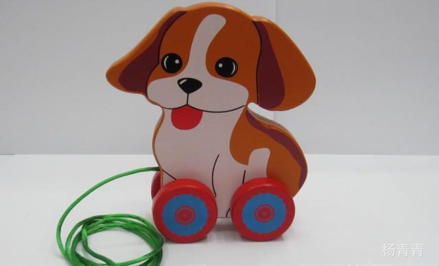 v弹球弹球木制拖拉车动物拉线卡通玩具小绿色4轮车拉线车木制积木动物版图片