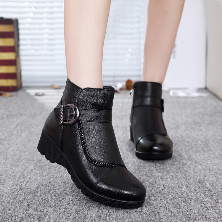 2015秋冬新品时尚真皮女鞋纯色百搭保暖加厚短靴低跟中年防滑皮靴
