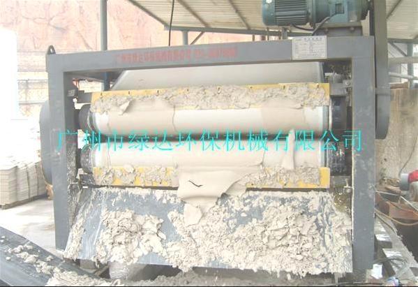 供应带式压滤机 陶瓷污泥压滤专用 效率高 含水率低 绿达制作