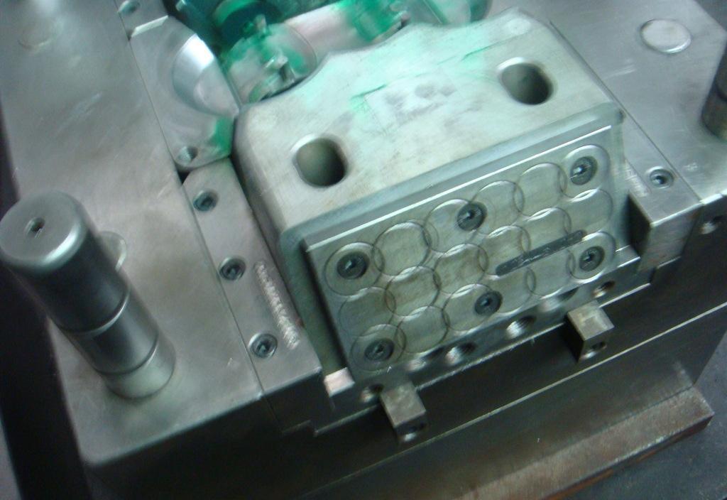 塑料模具 压铸模具 锌合金模具