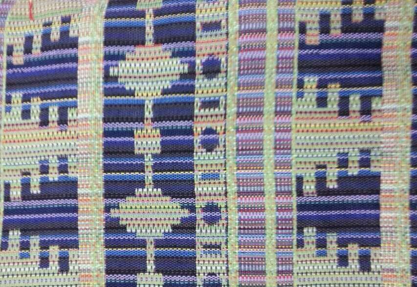 供应全棉 全涤色织提花 民族布