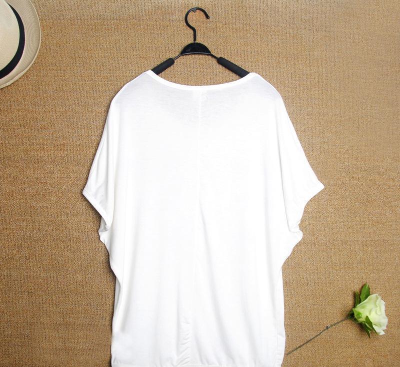 2013季新款美欣诺日韩短袖款式袖t恤款式蝙蝠衫 简单大字母图片
