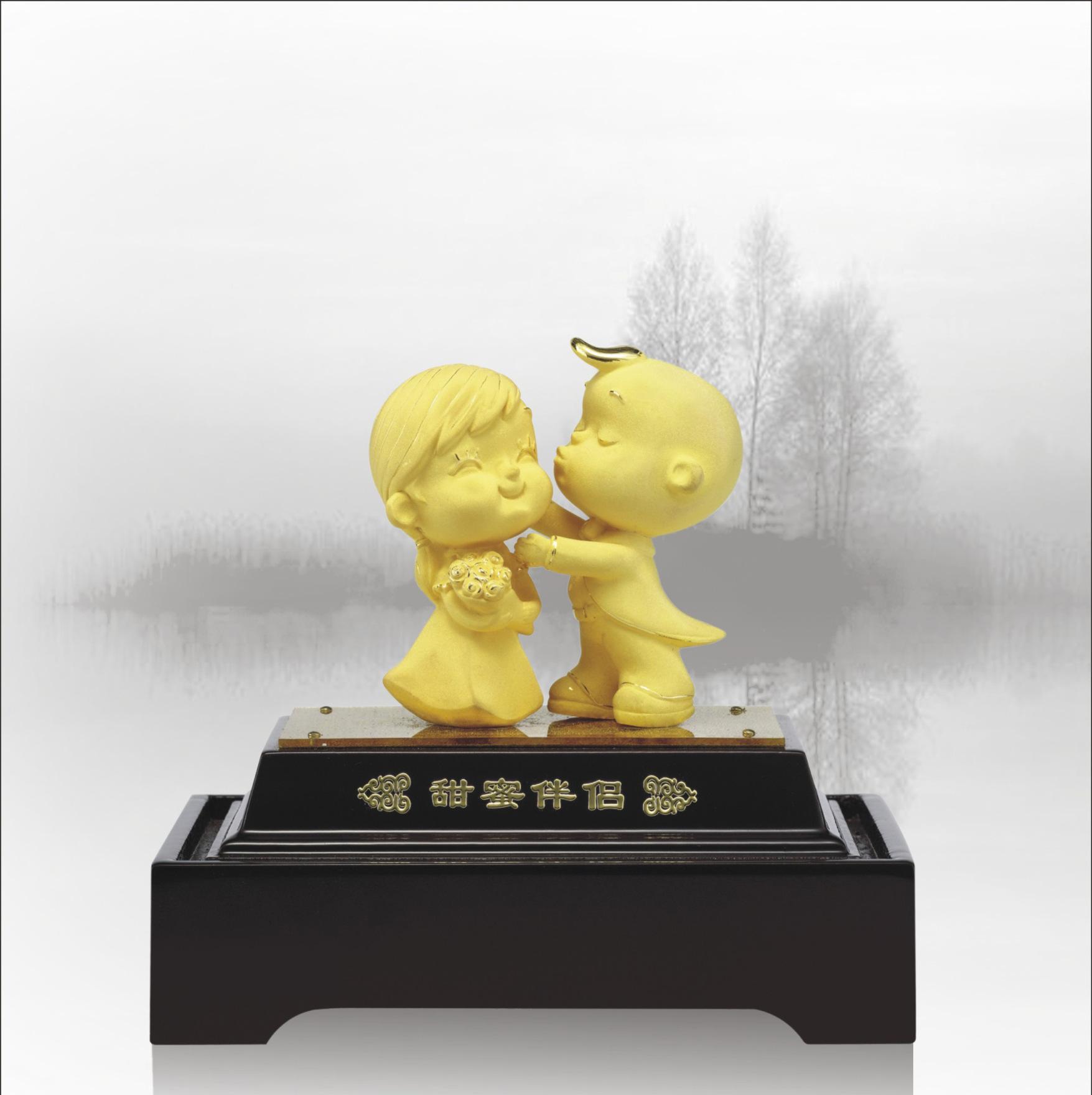 三卺#bya���_2014贺岁绒沙金工艺品婚庆系列--福卺喜合(方形座)