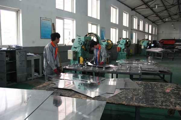 铝单板生产商