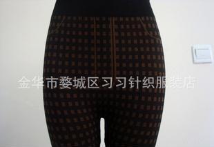 2012厂家直销热卖款~舒适小格子九分打底裤
