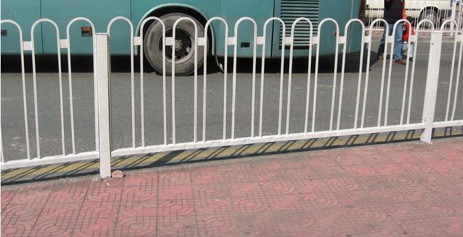 马鞍山道路护栏,天津交通护栏厂家直销
